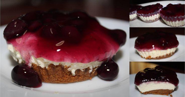 MIni Blueberry Cheesecake  Recipe: http://youtu.be/ZYRT0Tqg6Fc?list=PLKzua_x2TbRxiJqx22pkuie3SjLZrlGbY