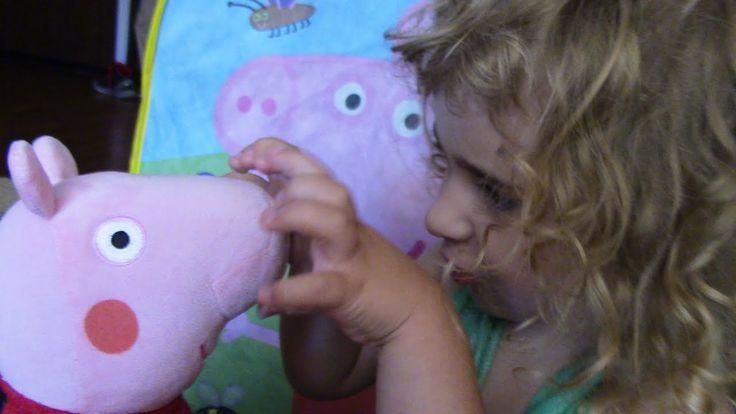 Превращение СВИНКИ ПЕППЫ волшебный домик. Peppa Pig MAGIC HOUSE Это мой канал: https://www.youtube.com/channel/UC0Dl_4OE-p2BOZj2VqIUZiA Спасибо что смотрите меня :) Подпишись и поставь ЛАйК!!!! Привет всем я - ЕВА мне 3 годика и я живу в Калифорнии. Я очень люблю снимать видео и делится с вами своими впечатлениями. я люблю играть с куколками и в машинки а еще люблю играть с моим маленьким братиком Данькой. Мне очень нравится смотреть маленьких блогеров на ютубе и теперь я тоже хочу так они…