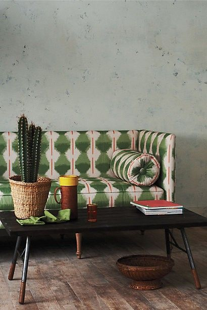 Vintage green | Funky eclectic mix for private meeting room
