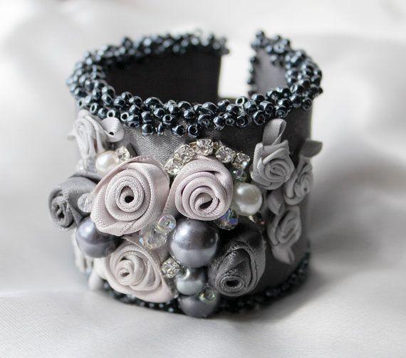 Silver Bridal Cuff Bracelet Wedding Cuff Bracelet door AlixHDesigns