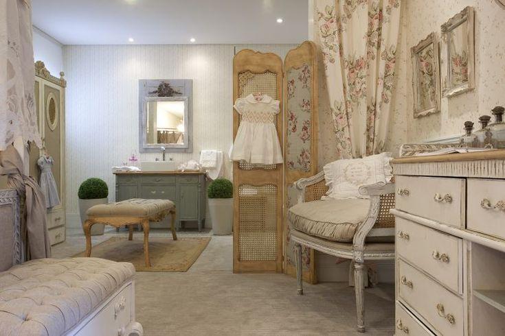 Girl´s Room - A cidade de Provence, na França, inspira o quarto da menina, assinado por Maite Maiani.