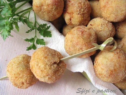 Sfizi e pasticci: Polpettine alle olive
