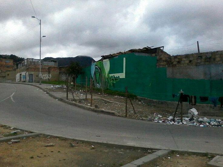 19-04-2014  Intervenciòn en la avenida de los Comuneros con cra.9.