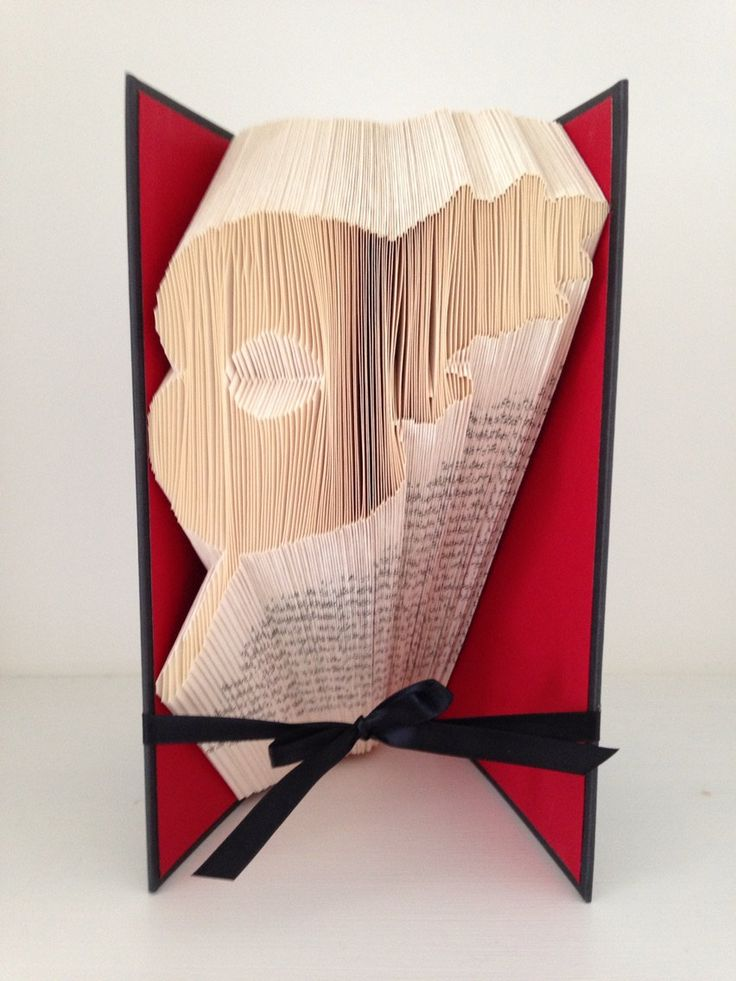 Remembrance Poppy Book Folding Pattern (50% of proceeds go to Royal British Legion Charity) by Meggymoonbeams on Etsy