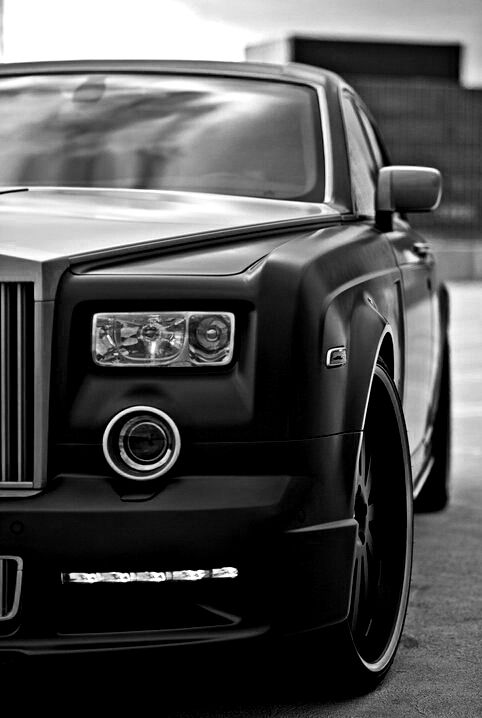 Yes, I want a Rolls Royce Phantom. No, I do not care how much it'll cost.  Dream luxury vehicle.