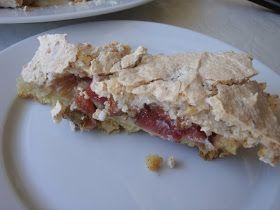 Himmelske kager: Rabarbertærte med mandel-marengs + lidt tips om tærteforme
