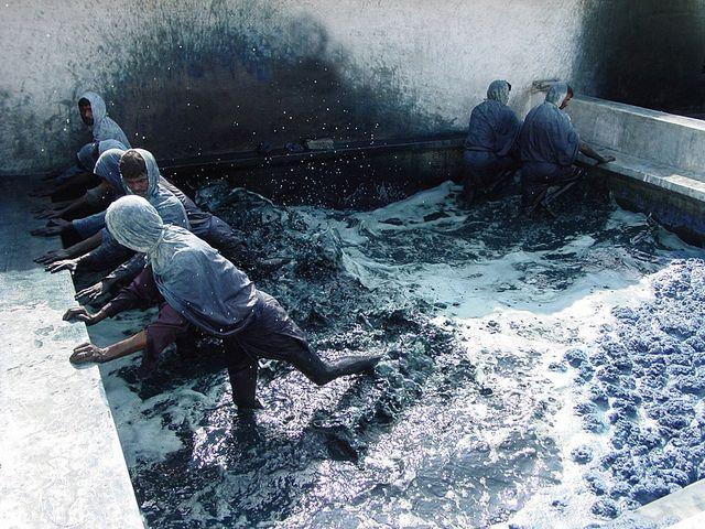 dye job. denim. beautiful.: Natural Indigo, Indigo Step, Indigo Shibori, Indigo Blue, Indigo Dyes, Textiles, Natural Dyes, Blue Colors, Fabrics Dyes