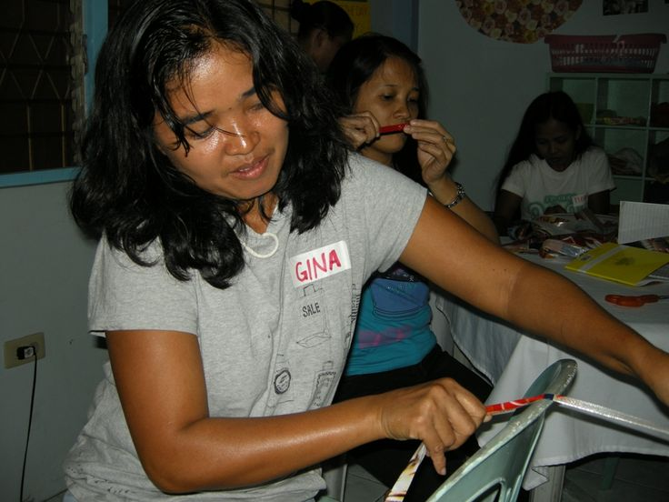 Gina is one of the pioneers of the RecyBag. It has been about 6 years now from the first time that the project started.