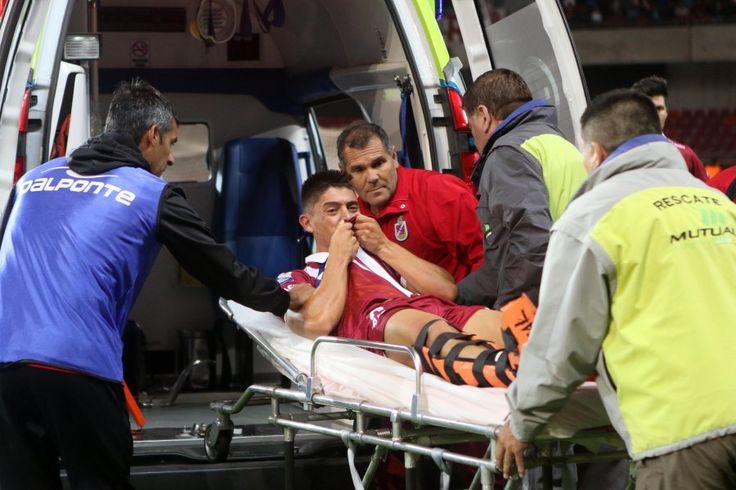 """Jugador de La Serena sufrió fractura de tibia y peroné: """"No me quitarán el sueño de triunfar"""" - El Gráfico Chile"""