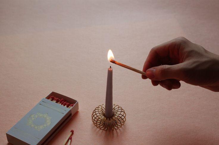 OIMU matchbox. light a candle