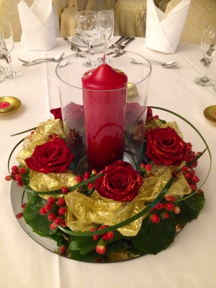 Wreath & Glass Vase with Candle
