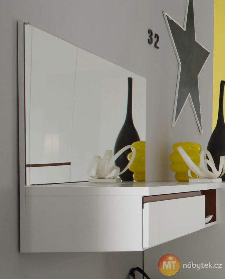 Bílá toaletka Cordelia  Cordelia furniture - dressing-table