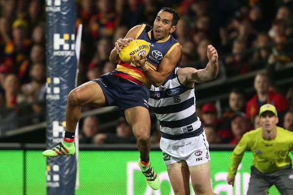 Betts of the Crows marks in front of Jed Bews - Rd8 Adelaide
