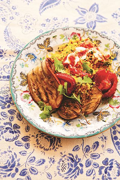 Prep time: 25 minutes |Cooking time: 60 minutesServes 4Enjoy this Persian inspired veggie barbecuedish hot or cold, a flavourful replacementfor those who are eschewing meat in favour of vegetable-based alternatives.INGREDIENTS:2 large aubergines (eggplants), cut into 7mm/¼in slices