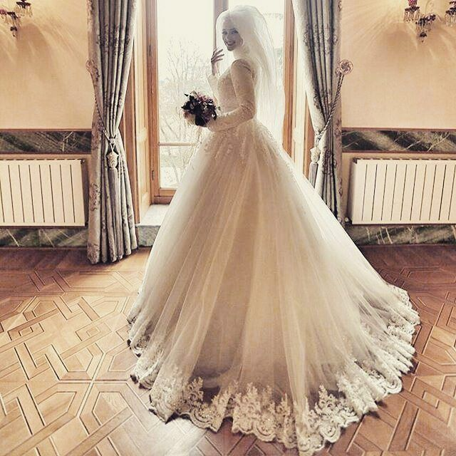 Luxury Jewel Lace Long Sleeves Muslim Hijab Wedding Dress 2017 lace up back lace applique islamic Bridal Gowns