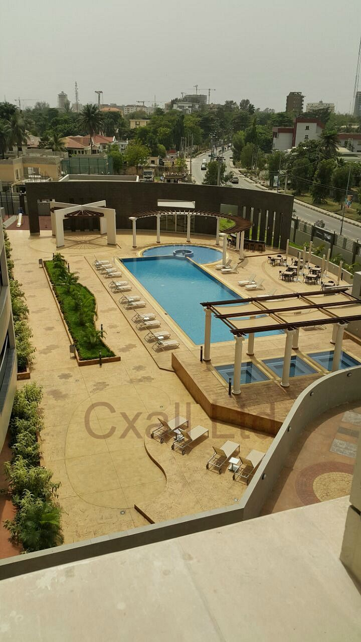 Poolside Block paving for a home, hotel, or apartment building  #paving #poolside http://cxallng.com/