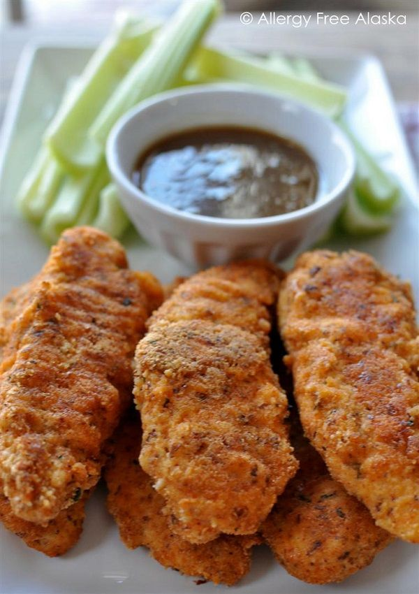 Easy Baked Paleo Chicken Tenders with Honey Mustard Dipping Sauce (and other paleo chicken dishes) http://www.allergyfreealaska.com/2013/04/15/easy-baked-paleo-chicken-tenders-with-honey-mustard-dipping-sauce/