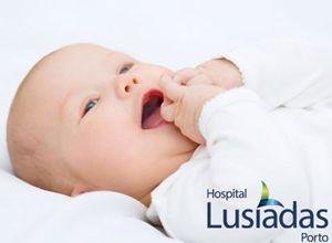 O QUE PRECISA DE SABER SOBRE O SONO DO RECÉM-NASCIDO  Cuidados, hábitos e rotinas que favorecem noites bem dormidas, para o bebé e para os pais! 6 Passos para um bom soninho do recém-nascido.