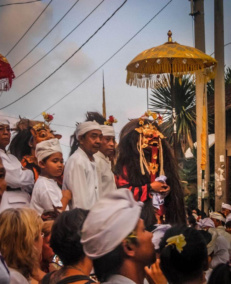 Padangbai Barong Dance: An Exorcism Ceremony #indonesia