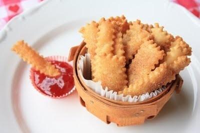 Pie fries! Pie crust & jam