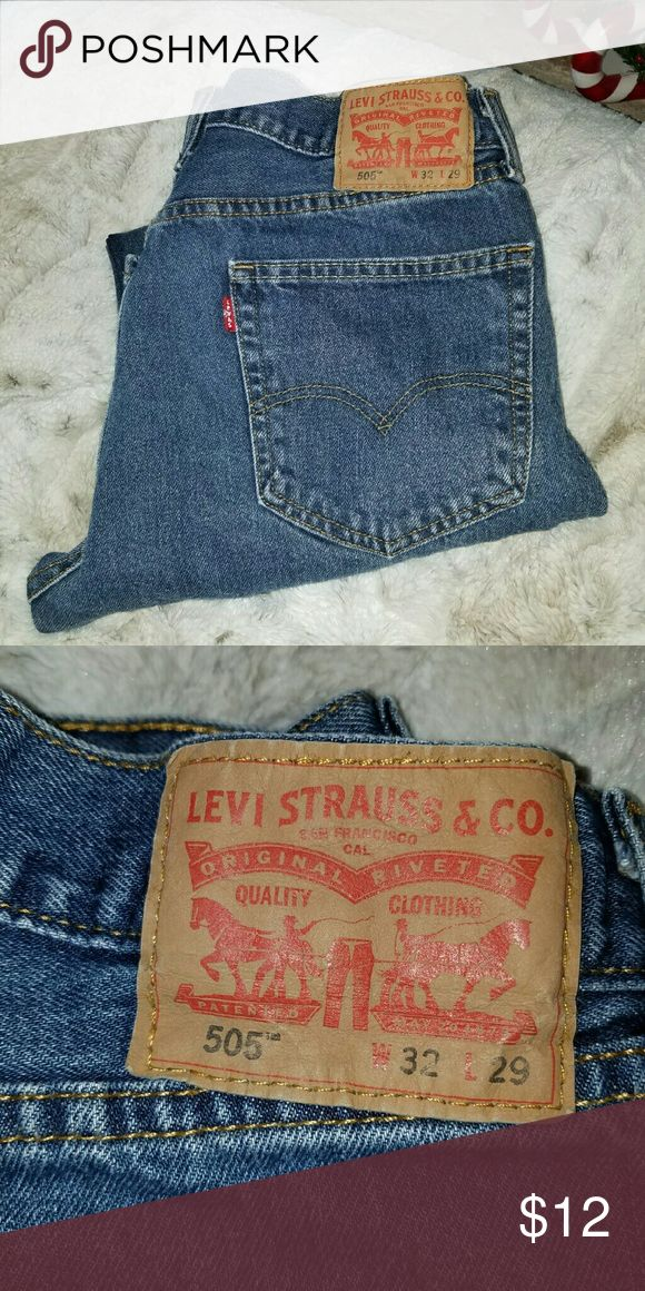 Men's/Kids Levi 505 Jean's W 32/ L29 Levi 505 Jean's in Very Good Condition.  Barely Worn. Levi's Jeans Straight