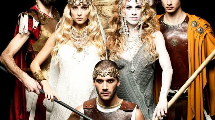 Έρχεται ο Τρωϊκός Πόλεμος ,στο Παλλάς,απο 8 Φεβρουαρίου.  jewellery by Pericles Kondylatos Amazing garments by the wonderful Dafne Valente.