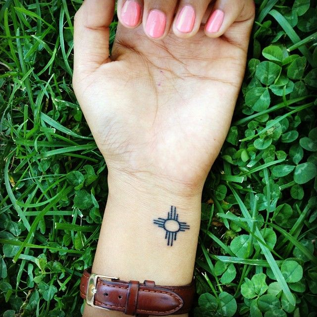 "66 Likes, 4 Comments - Kristen Holtsoi (@kdara_07) on Instagram: ""Tattoo número dos. Zia symbol because.. New Mexico. ✌️"""