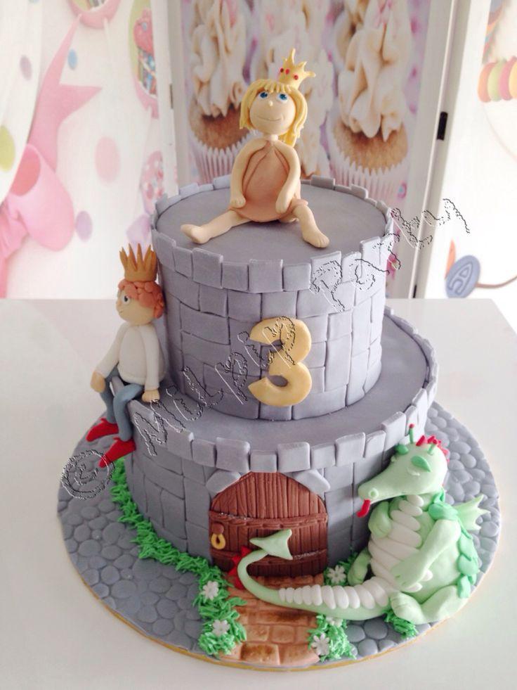 Paperbag Princess Cake