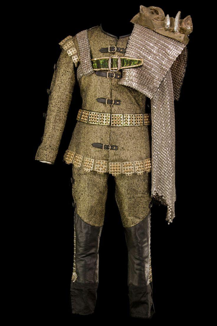 Costume de richard iii par abdelkader farrah port par for Porte francaise