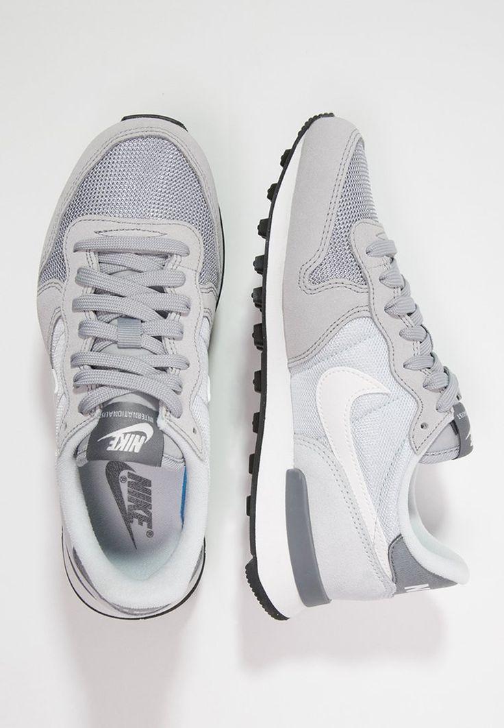 Nike Sportswear – INTERNATIONALIST – Trainers – wolf grey/summit white/pure platinum/cool grey | Terrific Sneakers ,  Koda 🌸