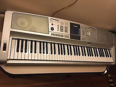 Yamaha Portable Grand DGX-305 Electric Piano Keyboard Synthesizer