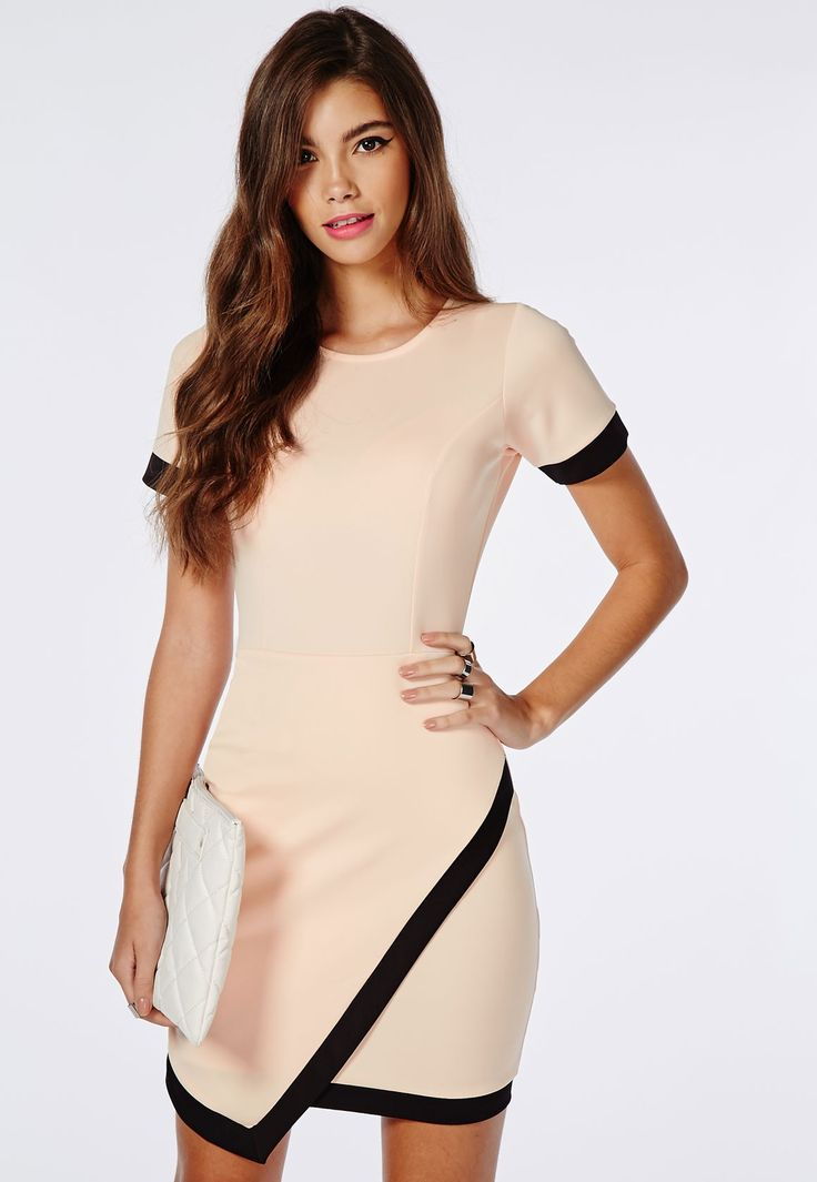 Robe moulante asymétrique en néoprène rose clair - Robes - Robes moulantes - Missguided