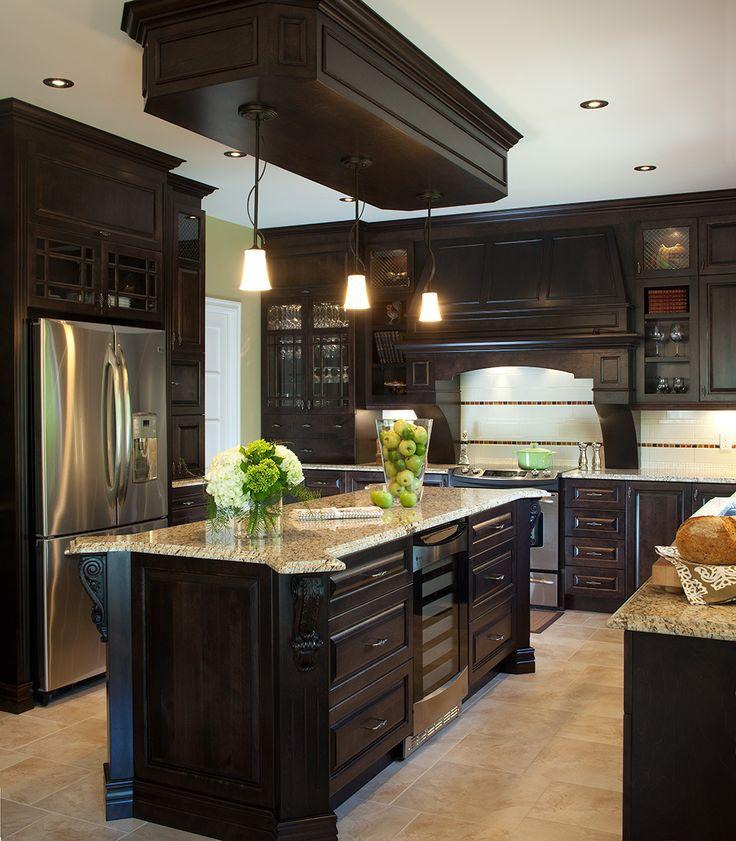 les 25 meilleures id es de la cat gorie comptoirs en granit noir sur pinterest cuisine en. Black Bedroom Furniture Sets. Home Design Ideas