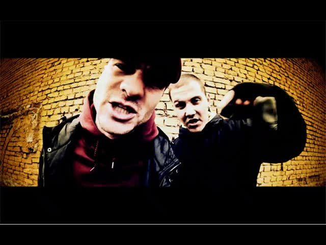 """SILENT CITY e музикална група, която се занимава с рап и хип хоп. Двамата изпълнители, Николай (Masurski) и Андриан (Rimo), започват своя творчески път от родния им град Ямбол преди 8 години и продължават да се занимават с музика усилено. От 2007 г. са част от лейбъла """"XPRSN"""". Правят песни, които носят в себе си дълбок смисъл, съчетан с уникално за България звучене."""