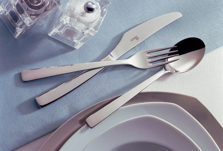 Sola Capri cutlery has a modern design but also fits with a classic table setting. The sharp angles contrast beautifully with the tapering edges of the silhouette. Capri is a classy cutlery set and is perfect for special occasions or improving your everyday dining experience.