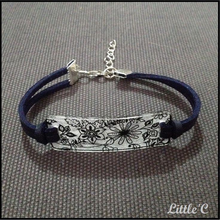 Bracelet plastique fou et cuir - Motif Fleuri : Bracelet par littlec