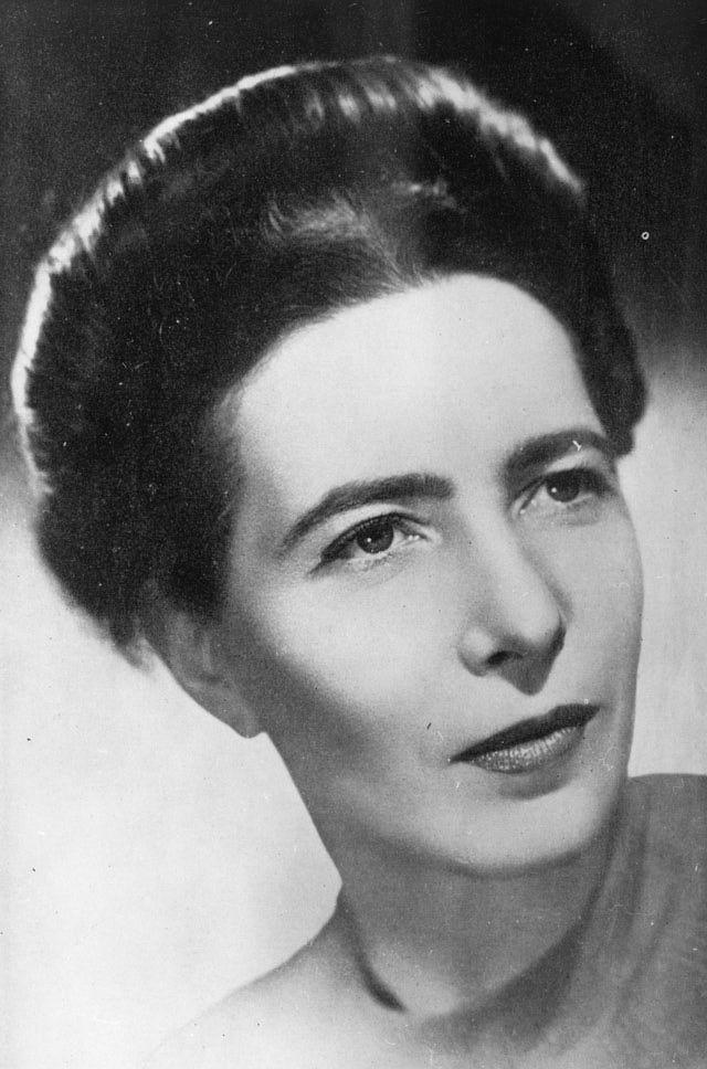 """5 libros fundamentales para entender el #feminismo """"El segundo sexo"""" Simone de Beauvoir"""