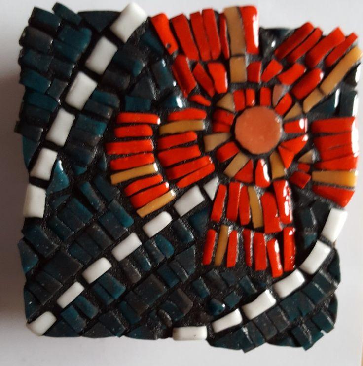 Coaster, red flower, 10x10cm, mosaic glass