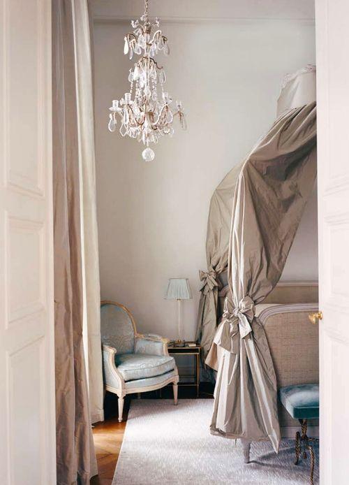 221 best ~The Parisian Apartment~ images on Pinterest Classic - garde meuble pas cher ile de france