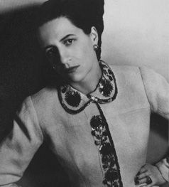 Diana Vreeland in Schiaparelli. Photo by Louise Dahl-Wolfe, 1937.