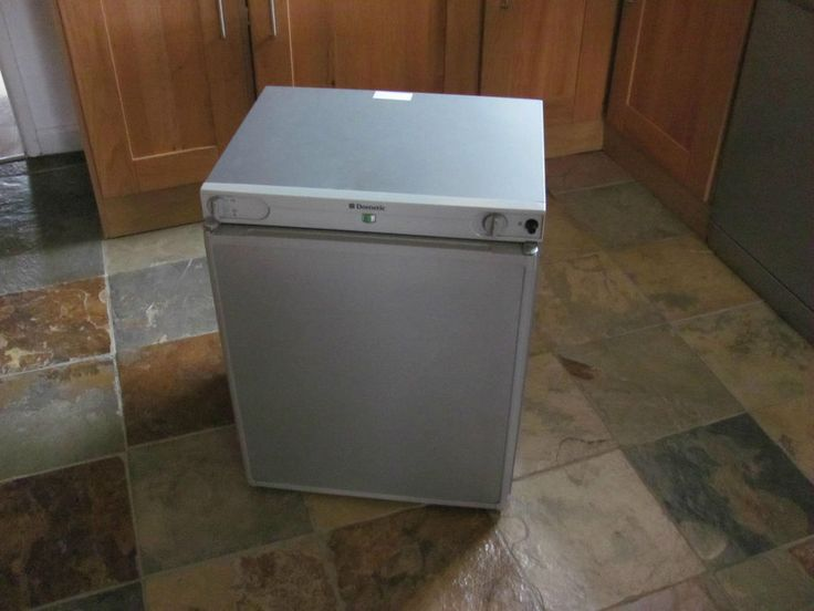 Dometic RF60 3 way fridge
