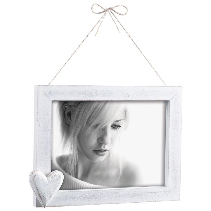 PORTAFOTO IN LEGNO A359   Portafoto da parete in legno sbiancato con cuore in legno e fiocco. Felix Design.