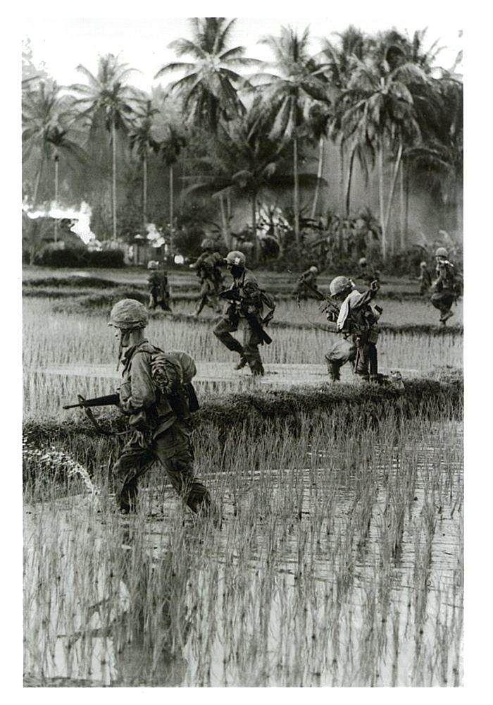 戦争と平和・ベトナムの50年 石川文洋  #2014.05.29 Thursday ベトナムの人きれい。