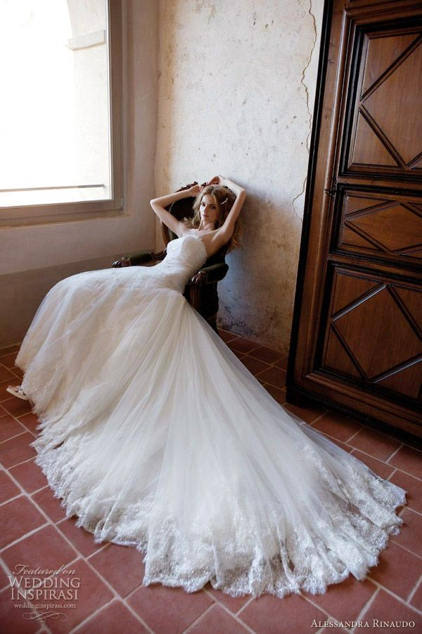 Alessandra Rinaudo Wedding Dresses 2012   Wedding Inspirasi