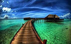 Deniz ortasında baraka