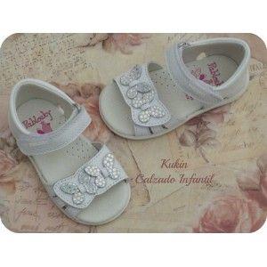 sandalias niña - calzado infantil - moda infantil  Sandalias de piel en color blanco con 2 velcros Pablosky