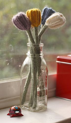 knitted tulips    #knitting #afs 12/5/13