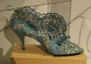 bottine in style of Madame de Pompadour, blue silk satin, ribbon, lave, and sequins, 1961, Metropolitan Museum of Art.