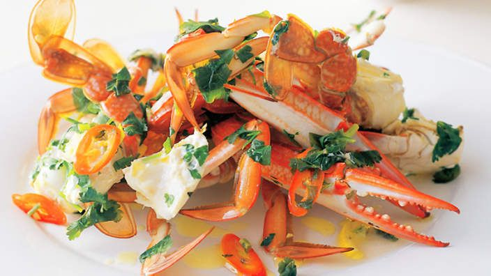 Steamed aromatic crab recipe : SBS Food