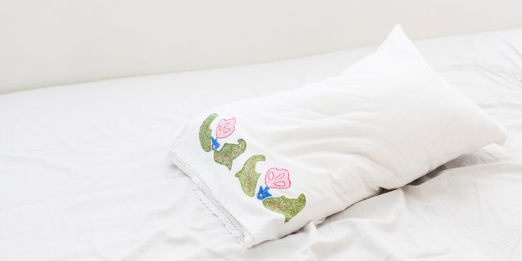 pillowcase   morning issues   white love www.smallissues.ro